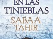 antorcha entre tinieblas, Sabaa Tahir