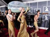 Lady Gaga sale Huevo Grammy