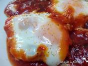 Huevos escalfados salsa tomate especiada