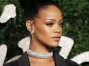 Charlie Sheen pidió disculpas Rihanna insultarla hace tres años