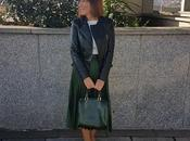 looks falda plisada verde