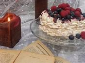 Pavlova nata, mermelada cereza frutos rojos