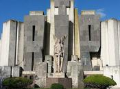 Cementerio Azul: obra cumbre Arq. Salamone