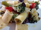 Pasta brócoli anchoas Mezze maniche broccoli acciughe