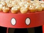 Cuatro imagenes hermosas bases para cupcakes decoradas
