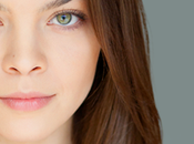 Slytherin!… actriz Harry Potter muestra suyo Playboy