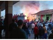 Incendio grandes proporciones destruye viviendas Placetas