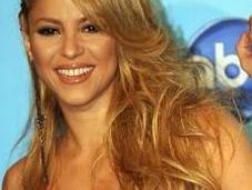 Shakira rompe silencio explota