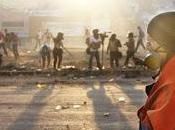 Venezuela bajo asedio video]