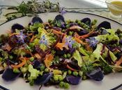 Ensalada patatas moradas, guisantes zanahorias para #lunes carne