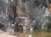 Ruta agua acueducto Peñacortada. Serranos. Chelva Calles. Valencia