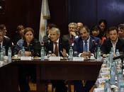 Lemus presidió tercera reunión ministros salud todo país.