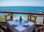 Cala, lugar perfecto para disfrutar gastronomía mediterránea aire libre