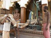 Ceremonia cremación para hindúes varanasi