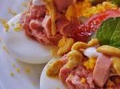 Huevo rellenos salchichas pavo