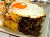 Plato combinado huevo, sepia, patatas pimientos