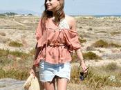 mini falda vaquera sandalias rosa