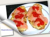Tostas salmón perlas tomate verduras