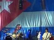 Manic Street Preachers tolerate this your children will next (Live Cuba) (2001)