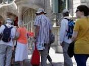 izquierda contra turismo gente normal
