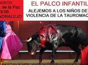 Manifestación contra palco infantil. Agosto Almendralejo.