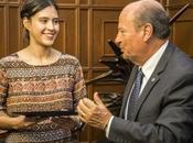 Rector UASLP reconoce Melissa Oviedo medallista mundial