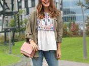 blusa bordada para otoño