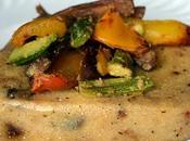 Polenta rellena verduras