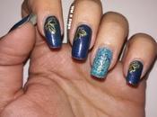 Diseño uñas para Navidad azul dorado