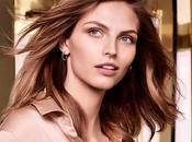 Piel Revitalizada Repleta Energía Flawless Finish Everyday Perfection Bouncy Makeup Elizabeth Arden