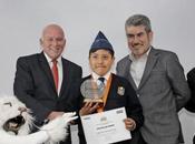 Niño moqueguano gana premio cuento turístico Perú