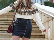 Outfit invierno detalles mostaza falda cuero