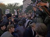 manifestación contra guerra Vietnam intento levitar mentalmente Pentágono