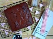 Brownie jalea arándanos rojos chocolate negro