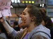 """Mujeres calle: curro, limpio gasto duro"""""""