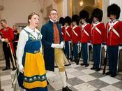 Vestidos folclóricos como etiqueta gala
