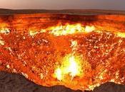 enorme cráter medio desierto estado ardiendo durante décadas