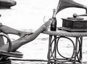 Champagne música fondo. entre todos: nothing compares