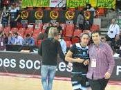 Xabi Larrañaga, micrófono éxitos Donosti Basket