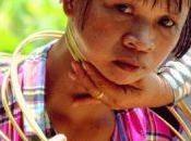 Mujeres Padaung collares anillas
