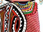 Escudos, collares, maquillaje, trajes masai...