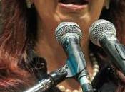 Argentinos recuerdan calle aniversario golpe militar