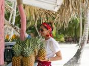 outfit playa falda roja bolso Isla Saona