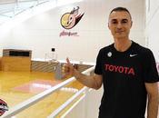 Iván Torinos, balcón l'Hospitalet entrenar Japón