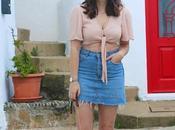 Croptop nude falda vaquera para verano