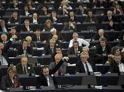 eurodiputados españoles prefieren viajar primera.