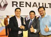 Renault participó Cuadragésimo Séptimo Congreso Nacional Taxistas Ecuador