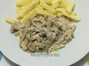 Filetes cerdo mostaza antigua olla tradicional