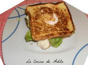 Sándwich lechuga huevo frito