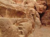 escaleras Petra Pequeña Petra. Jordania